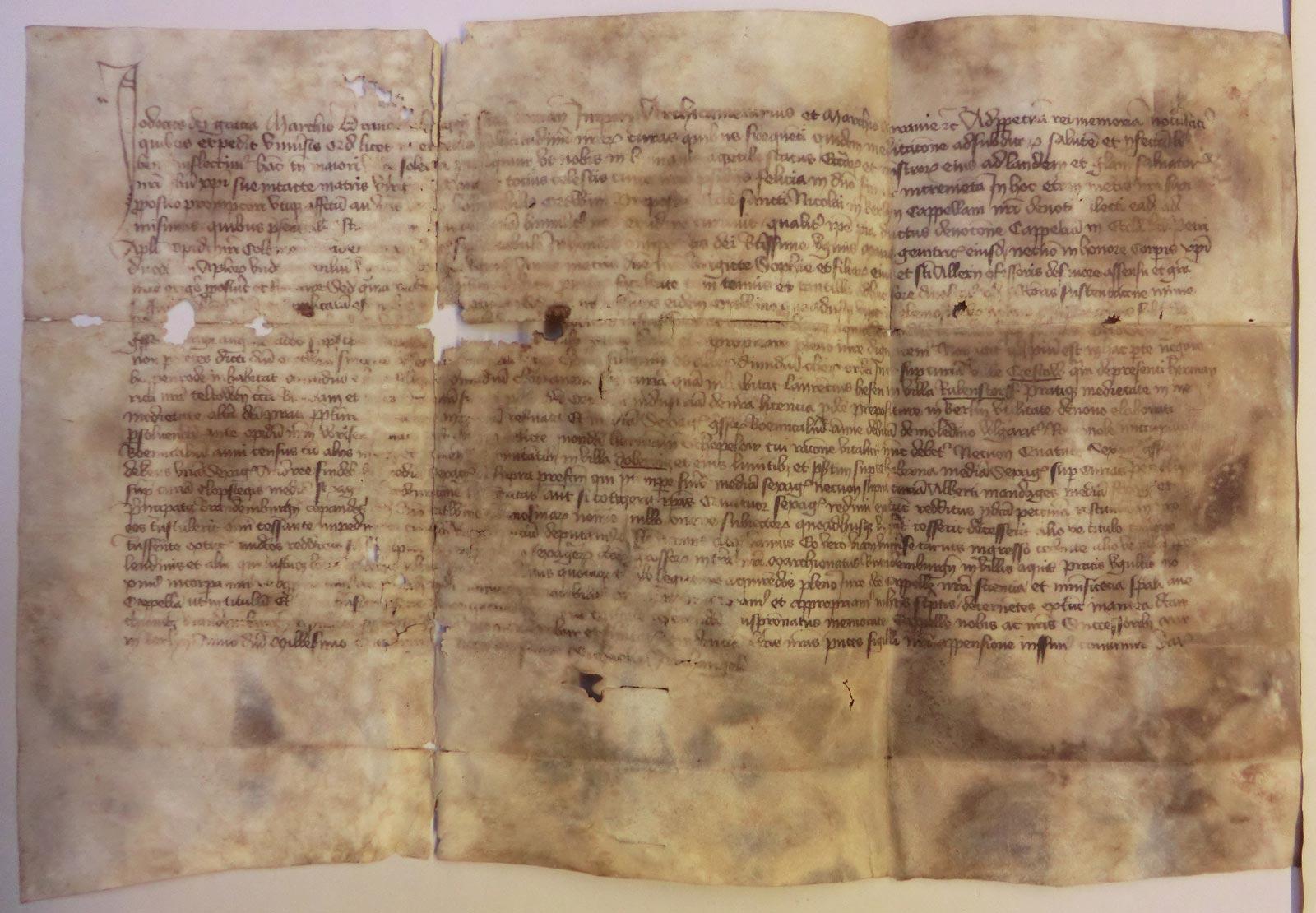 Ältestes Dokument des Domarchivs: Urkunde Markgraf Josts vom 29.09.1409 über die Stiftung einer Kapelle in der Petrikirche Cölln (Bestand 9, Nr.10).